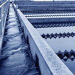 Destilliertes Wasser ist ein sehr altes System